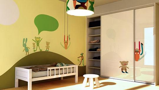 Vestavěné skříně s posuvnými dveřmi do dětského pokoje