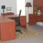 Nábytek do kanceláře včetně stolů