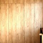 Realizace pantové skříně do ložnice v barvě přírodního dubu.