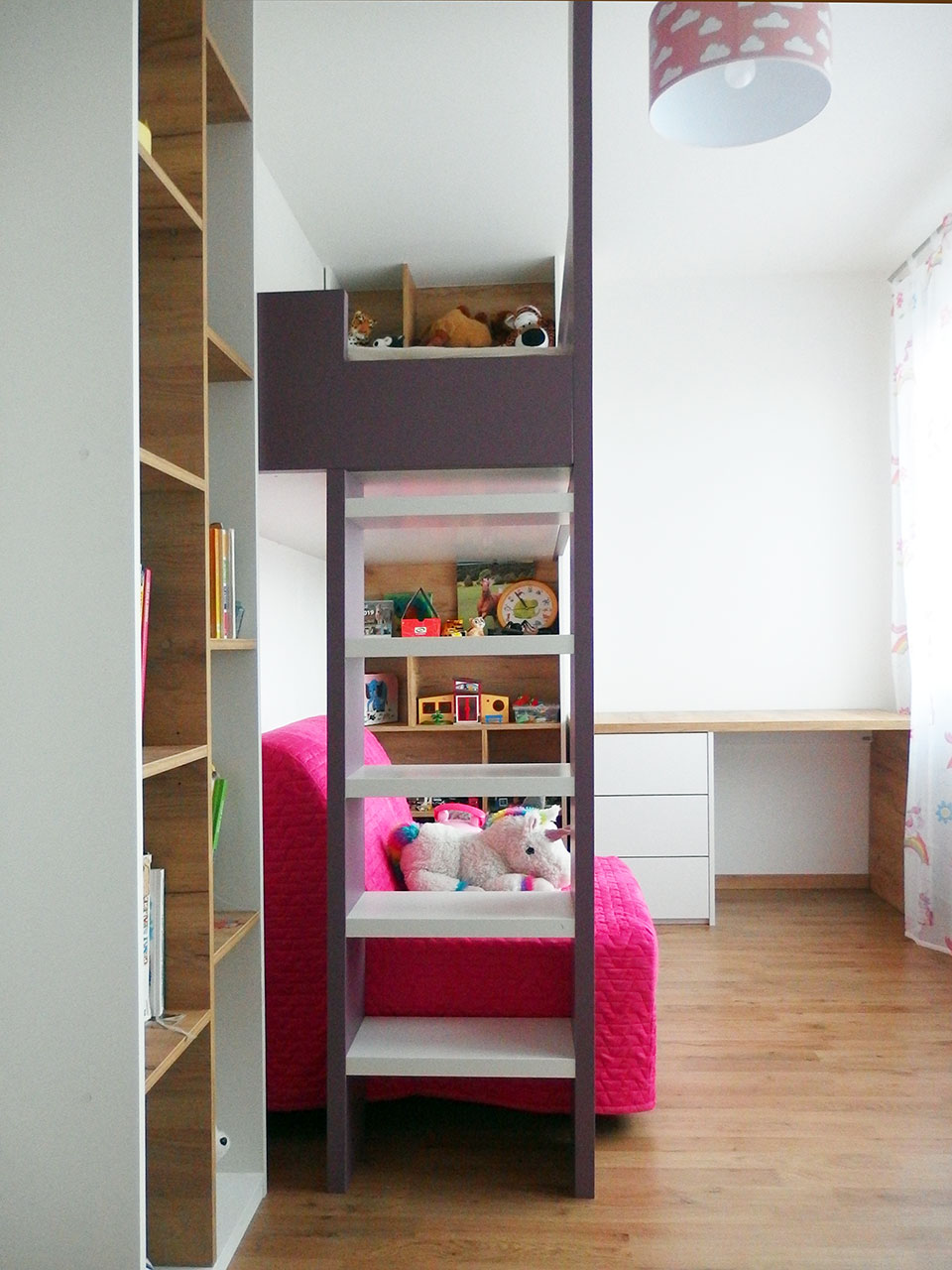 Realizace kompletního interieru vč. patrové postele do dětského pokoje pro holčičku Praha 9